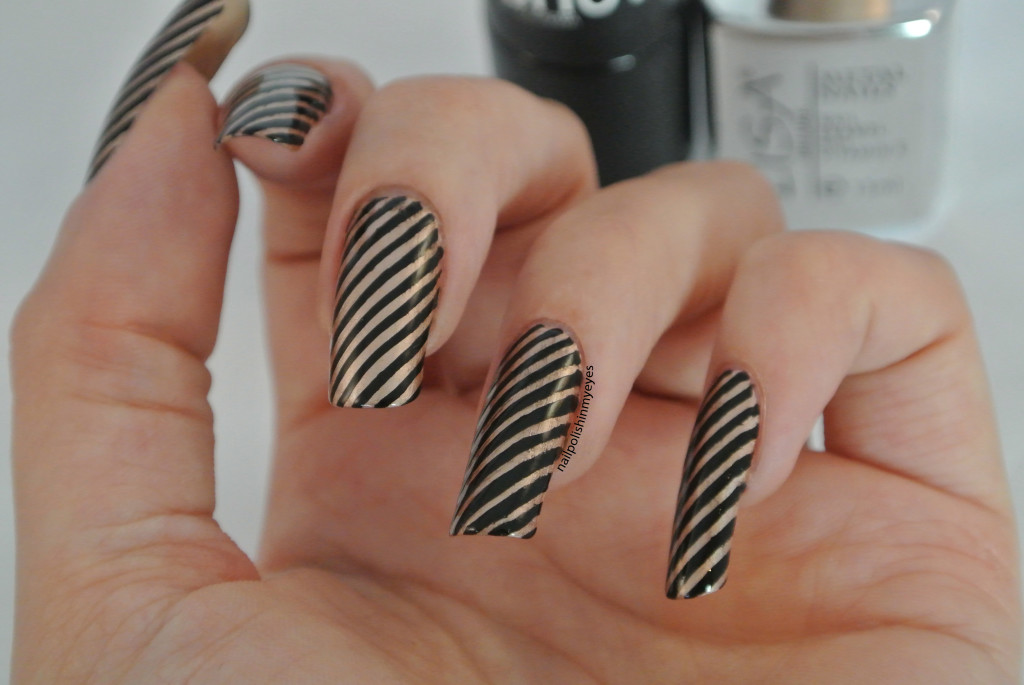 Black-Gold-Stripes