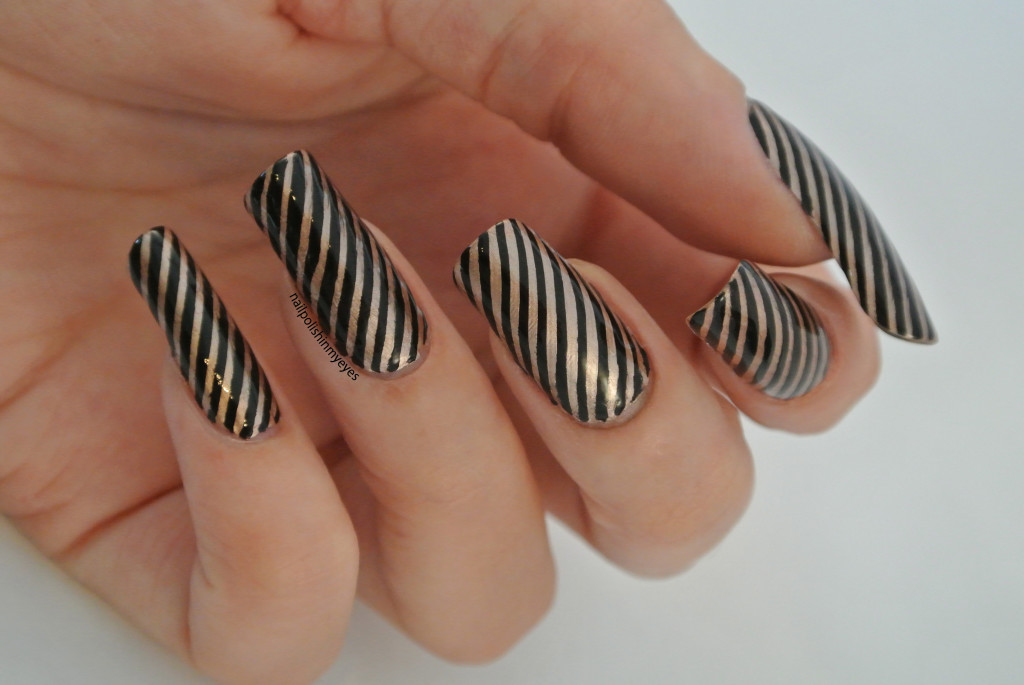 Black-Gold-Stripes1.2