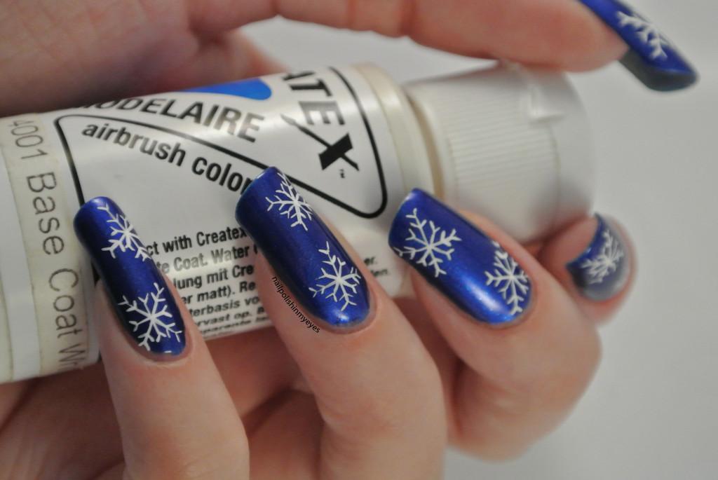 Blue-White-Snowflakes-1.1