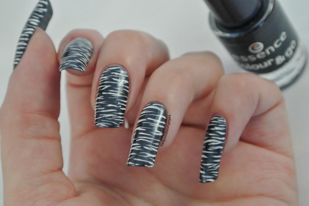 Blue-White-Stripes1.2
