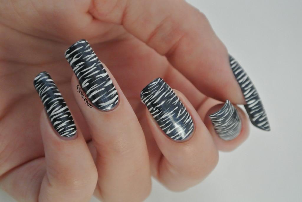 Blue-White-Stripes1.3
