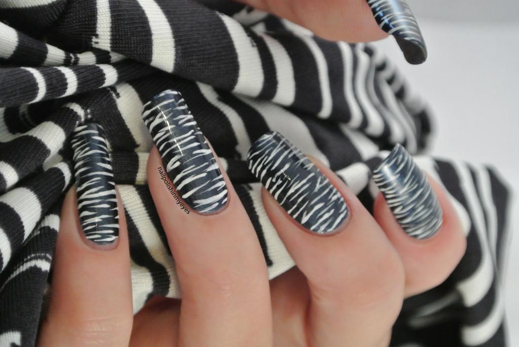 Blue-White-Stripes1.4