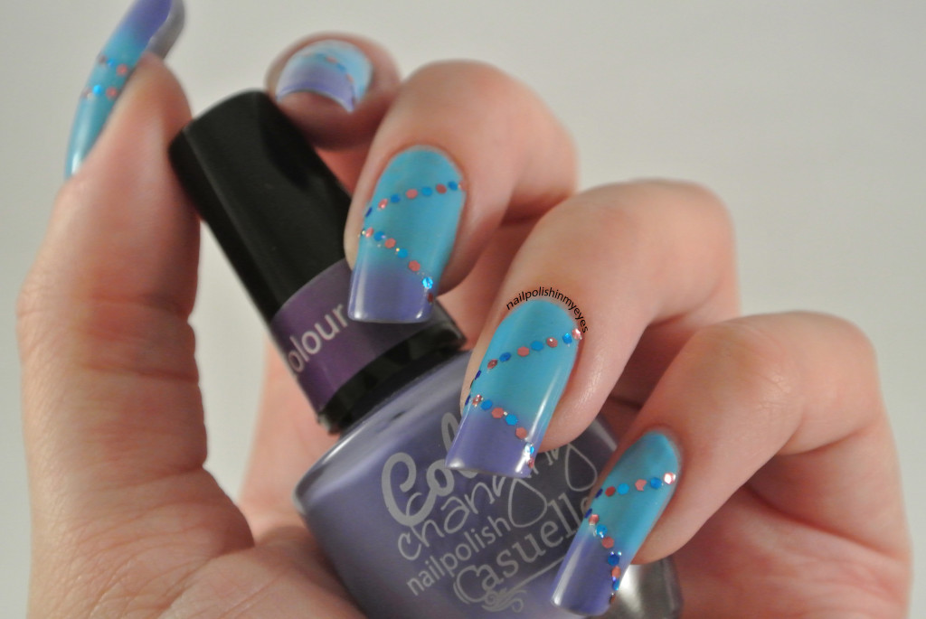 Colour-Changing-Glitter-Placement