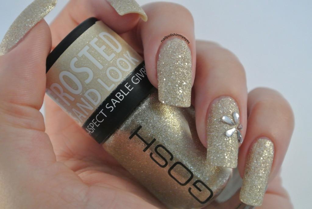 Gold-Texture-Rhinestone-Flower-1.2