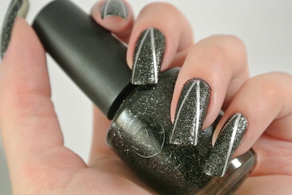 Black-Sand-Silver-Stripes