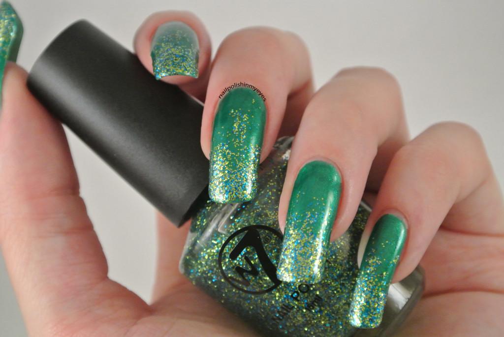 Green-Christmas-Glitter-Gradient-1.1