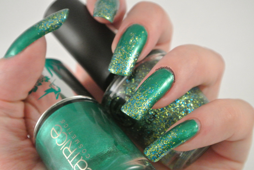 Green-Christmas-Glitter-Gradient