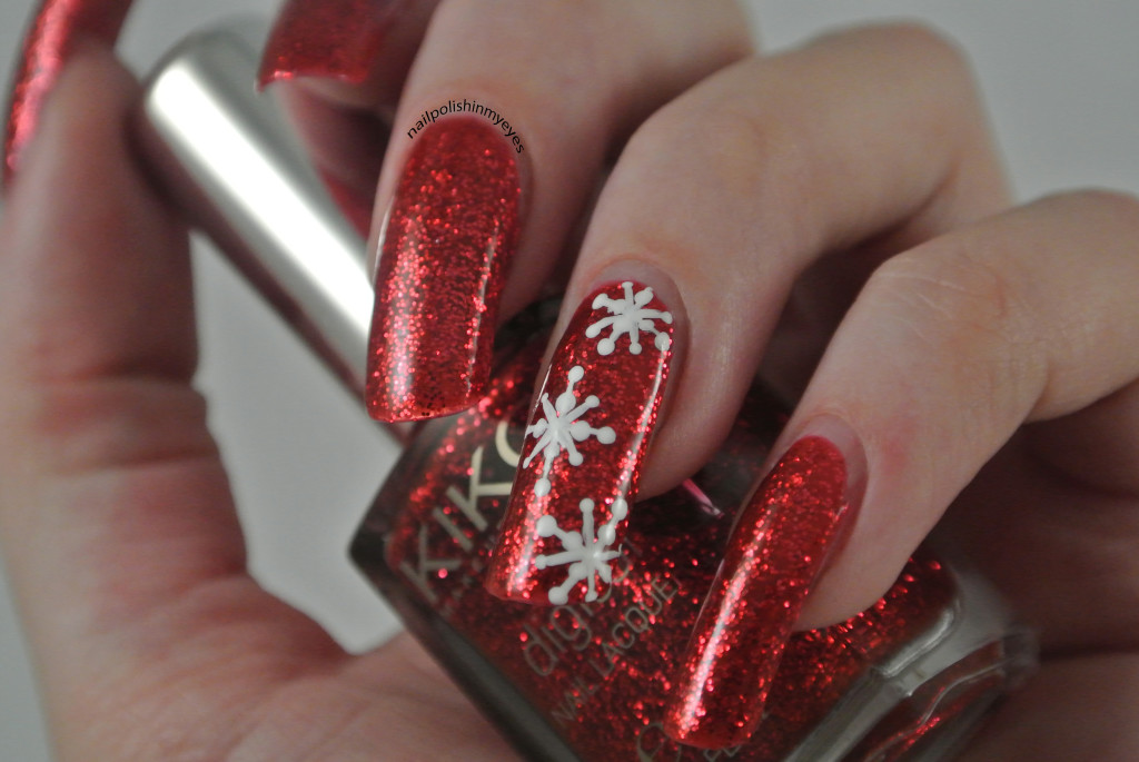 Red-Glitter-Snowflakes-1.3