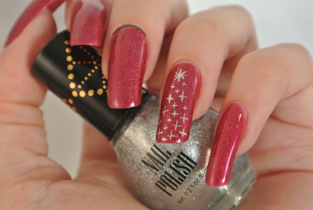 Red-Subtle-Christmas-Sparkling-Tree