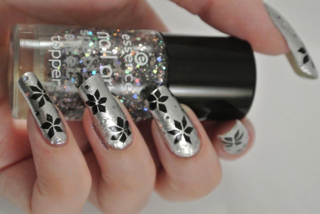 Silver-Black-Christmas-Star-1.2