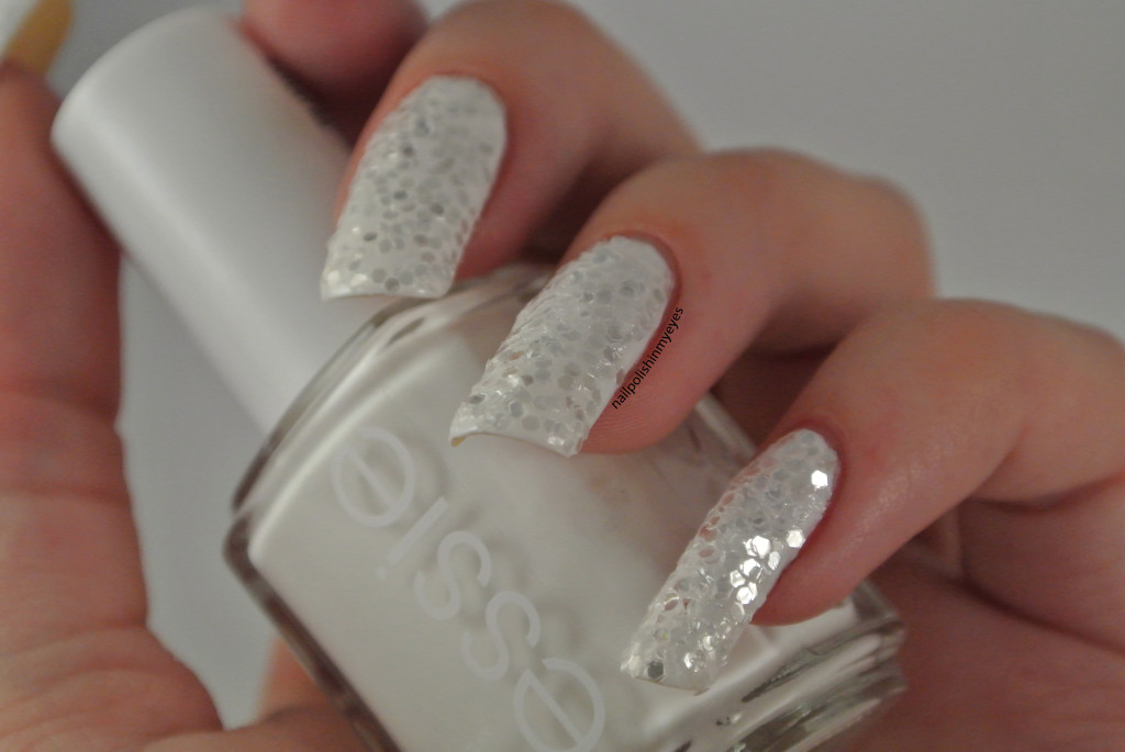 White Glitter | Nail Polish in my Eyes