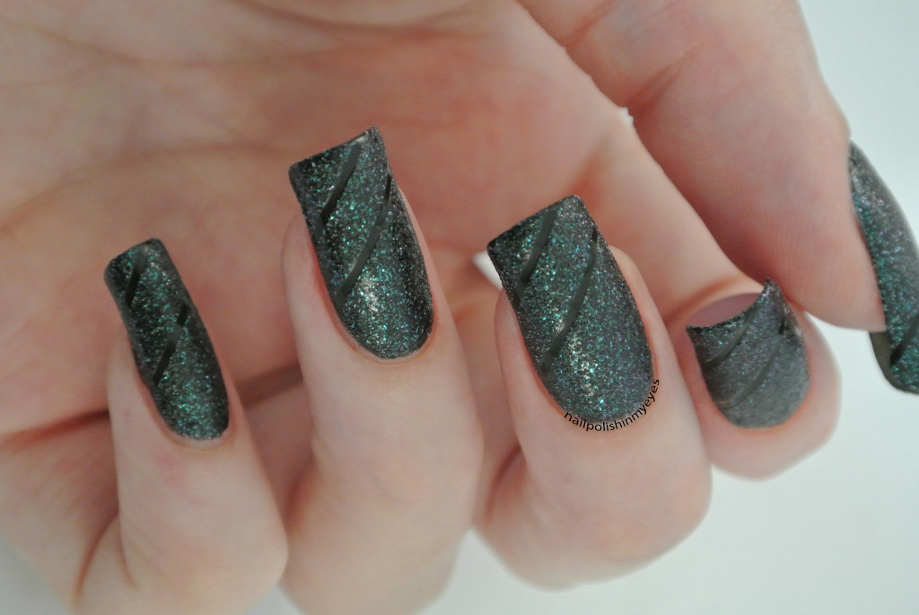 Black-Green-Textured-Stripes-1
