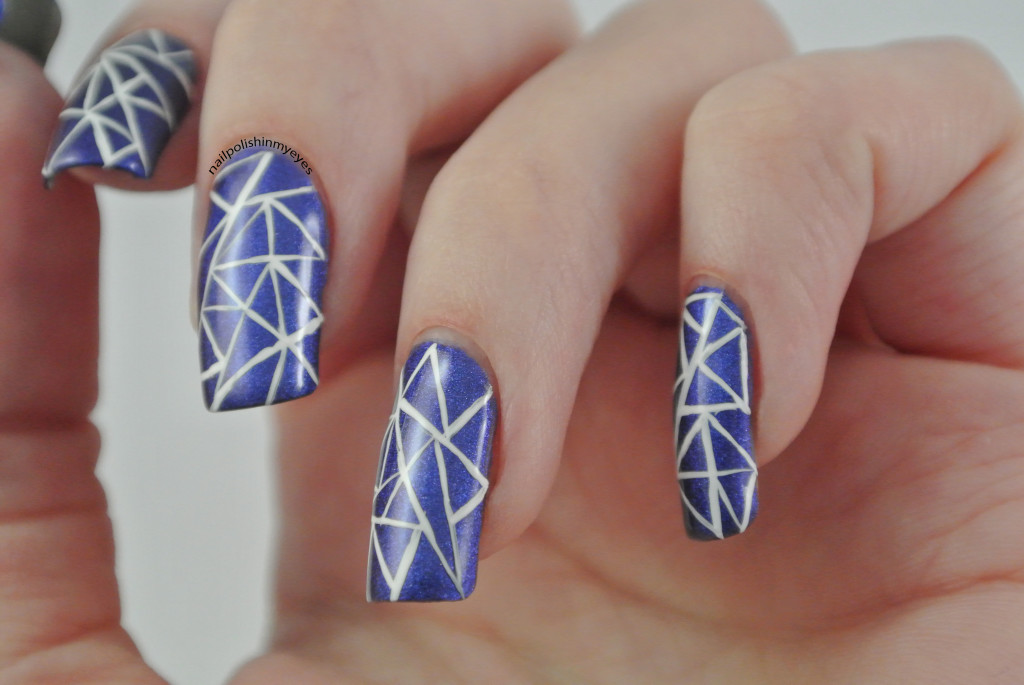 Blue-White-Abstract-Triangles-1