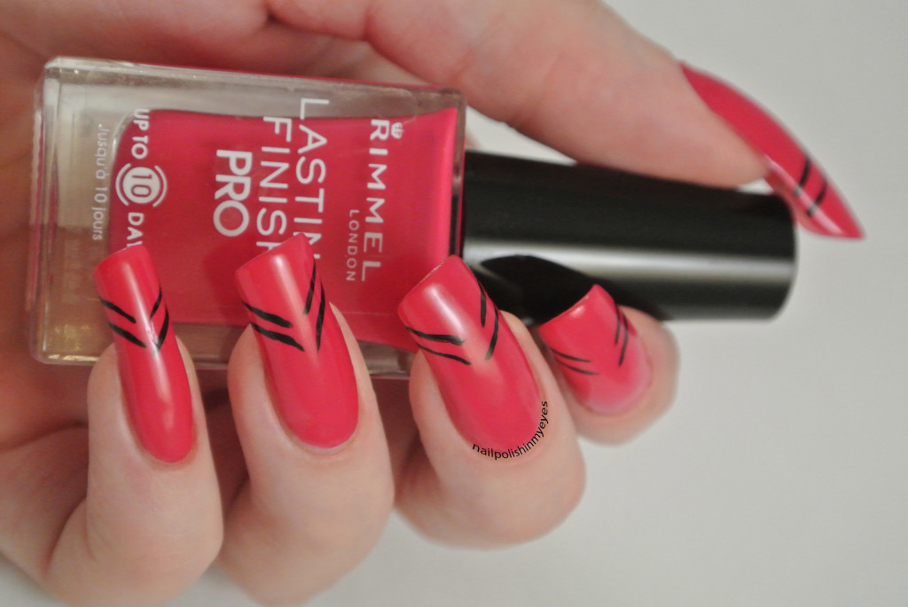 Pink-Abstract-French-Manicure-Stripes-1.2