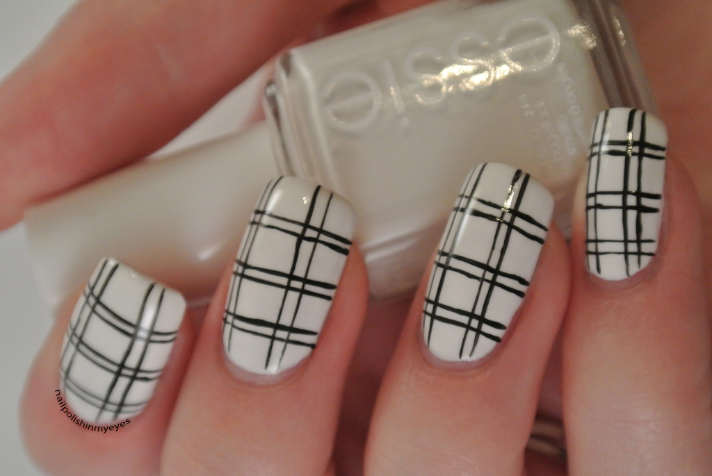 White-Black-Stripes-1