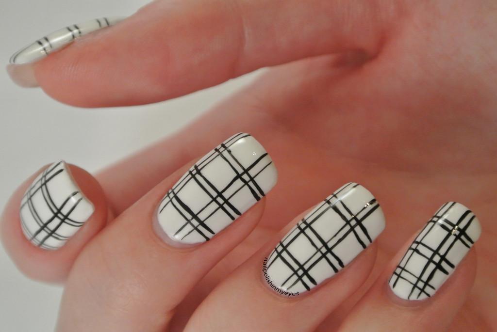 White-Black-Stripes-1.1