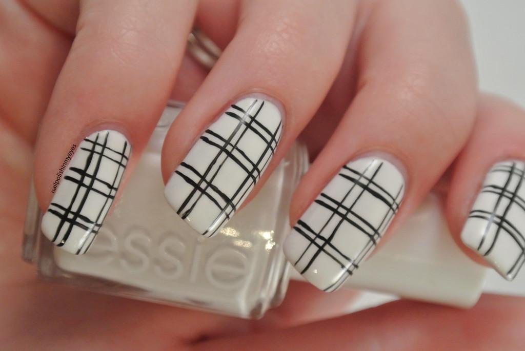 White-Black-Stripes