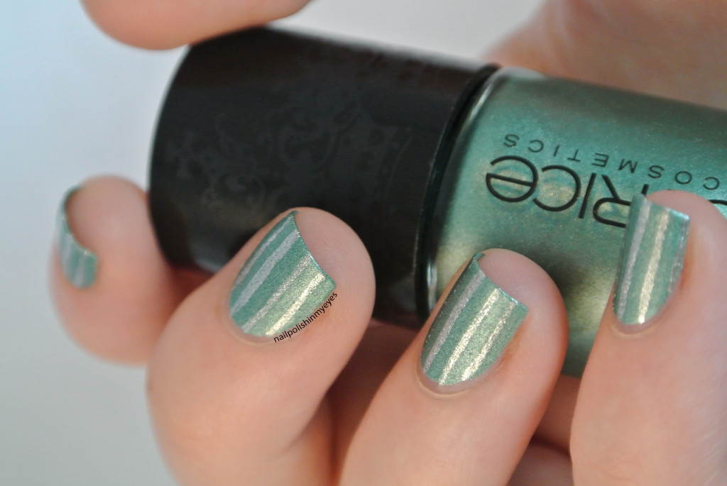 Green-Silver-Stripes