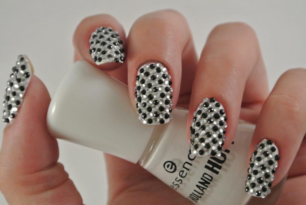 31dc14-Black&White