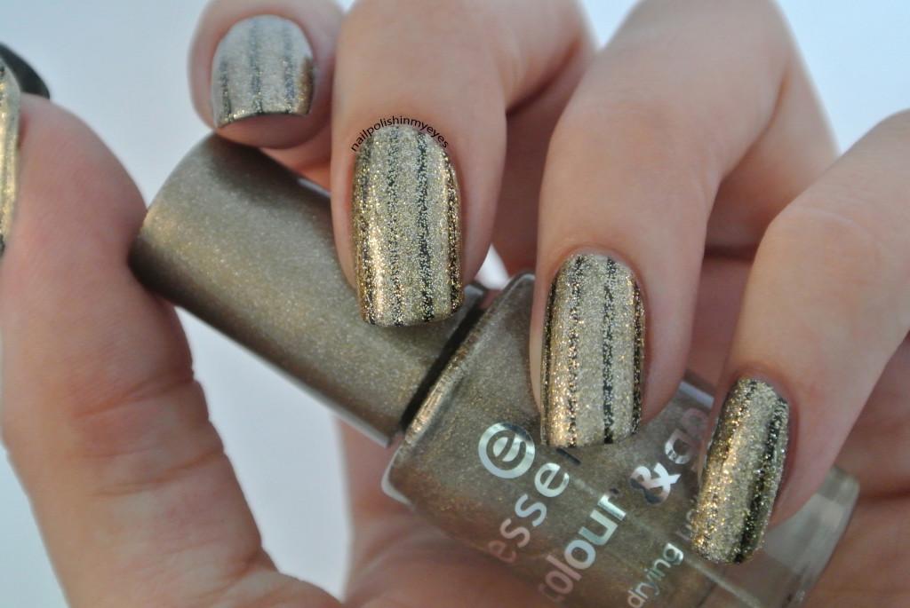 Gold-Glitter-Black-Stripes-1.4