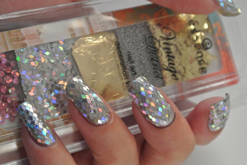 31dc14-Glitter-1